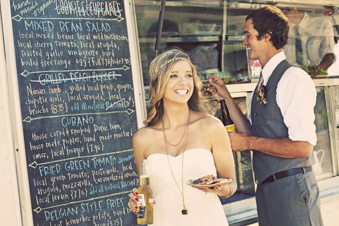 Wedding 5 reasons to choose a food truck coco et freddy wedding 5 reasons to choose a food truck junglespirit Choice Image